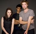 3 New outtakes of Rob, Kristen & Taylor's Empire Photoshoot (2008) - twilight-series photo