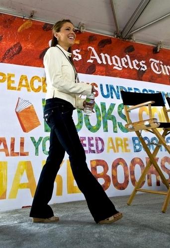 Alyssa - 14th Annual Los Angeles Times Festival of पुस्तकें - दिन 1, April 25, 2009