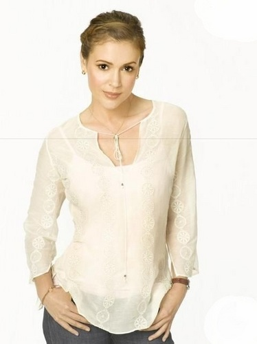 Alyssa - Single With Parents - Movie Stills, 2008