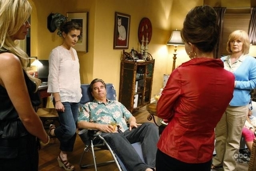 Alyssa - Single With Parents - Movie Stills, 2008
