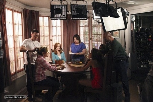 BEHIND THE SCENES > SAISON 7