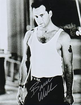 Bruce Willis wallpaper possibly with a hunk and a six pack titled Bruce
