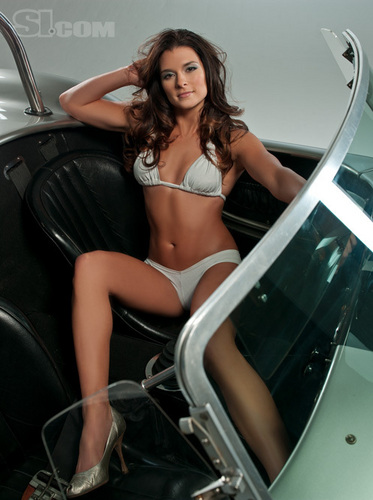TheFappening : Danica Patrick Nude Leaked