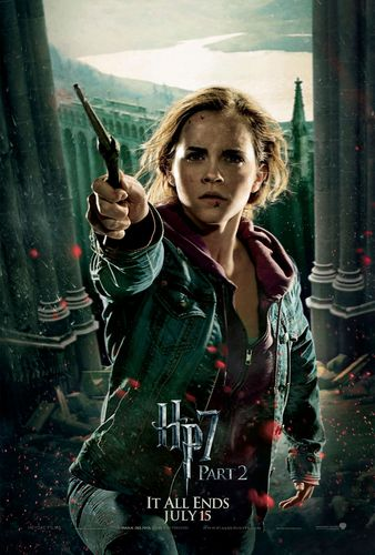 Deathly Hallows Part 2 Action Poster: Hermione Granger [HQ]