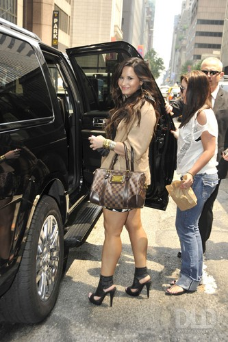 Demi - Leaving an office building in Manhattan, NYC - June 09, 2011
