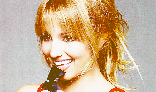 Dianna Agron wallpaper possibly containing a portrait called Dianna as a vampire xxx