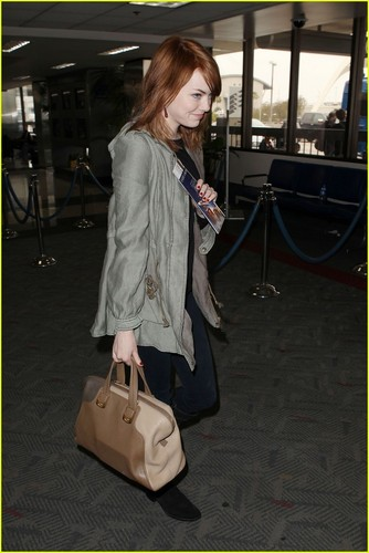 Emma is also pictured at LAX airport heading out of town for the weekend