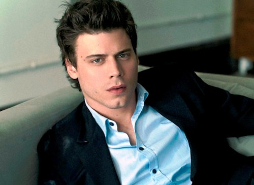 François Arnaud wallpaper possibly with a business suit, a well dressed person, and a portrait called François Arnaud 09