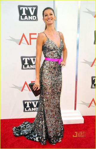 Gisele Bundchen Celebrates Morgan Freeman