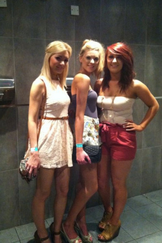 Hannah Wiv 2 Friends (SOOO Pretty) Love Her Style In Clothes! 100% Real ♥