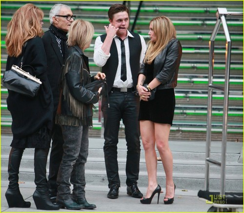 Jesse McCartney wallpaper containing a business suit, a hip boot, and a well dressed person titled Jesse McCartney: Delphine Lunch Date