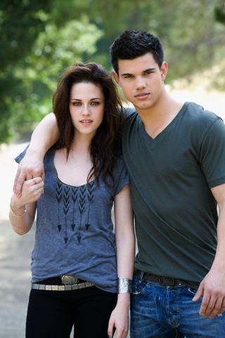 Kristen Stewart & Taylor Lautner EW photoshoot