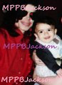 Michael and blanket jackson - michael-jackson photo