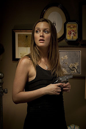New behind-the-scene foto-foto with Leighton Meester!