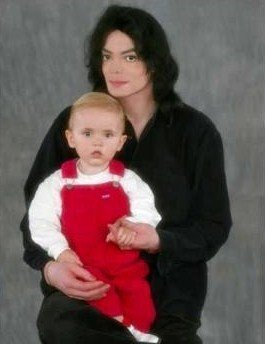 prince michael jackson fondo de pantalla titled PJ and MJ