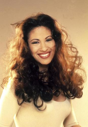 Selena (the movie) wallpaper possibly with attractiveness and a portrait titled Selena-Quintanilla-Perez