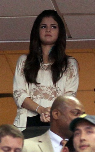 Selena - Watching The 2011 NBA Finals Between The Dallas Mavericks & Miami Heat - June 07, 2011