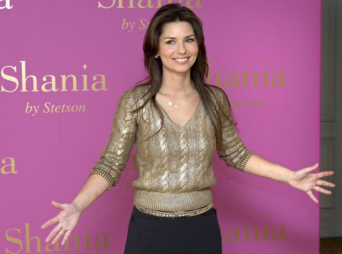 Shania Twain achtergrond probably with a hip boot entitled Shania Twain
