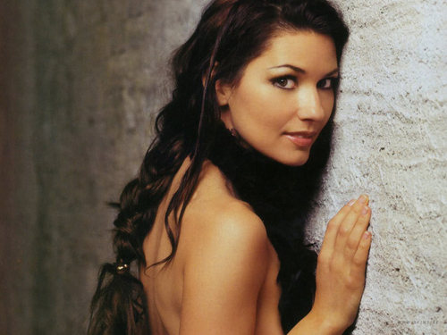 Shania Twain karatasi la kupamba ukuta probably with a portrait and skin entitled Shania Twain