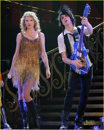 Taylor быстрый, стремительный, свифт is an 'American Girl' in Ohio