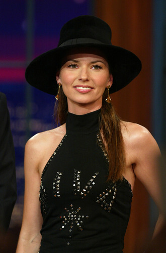 Shania Twain fond d'écran with a fedora titled The Tonight montrer