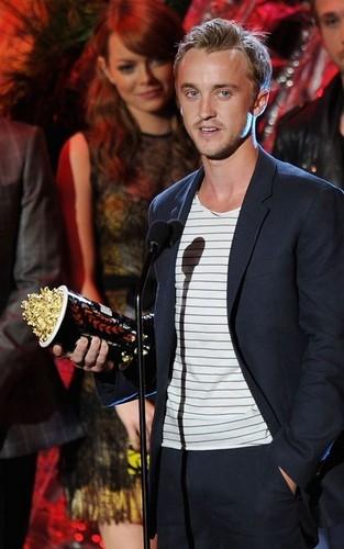 Tom felton winning MTV awards best villan