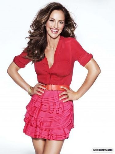 2 new awesome pictures of Minka Kelly for March issue of Self Magazine.