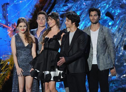 2011 एमटीवी Movie Awards - दिखाना