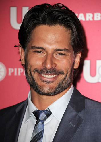 Joe Manganiello wallpaper containing a business suit, a suit, and a three piece suit entitled April 26: Us Weekly Hot Hollywood Party