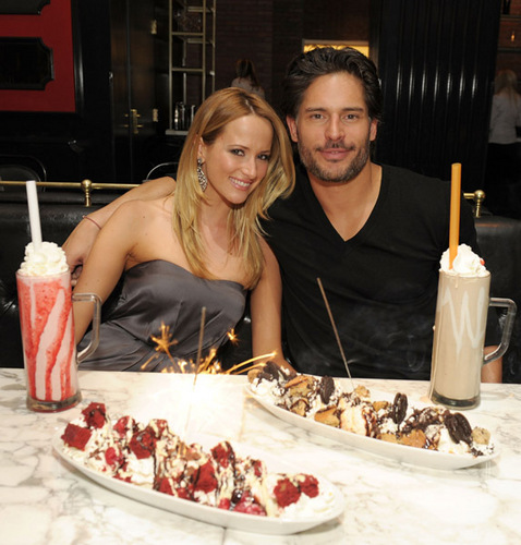 Joe Manganiello wallpaper with a banana split, a baked alaska, and a tutti frutti entitled April 3o: Dine At Sugar Factory American Brasserie At Paris Las Vegas