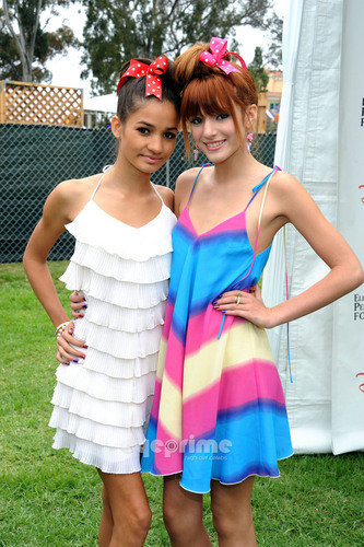Bella Thorne: A Time For 超能英雄 Event in L.A