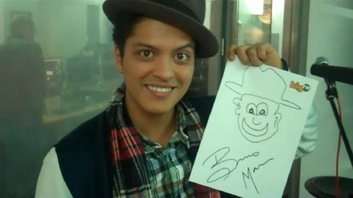 Bruno Mars <33 New Pictures ♥♥♥ 2011