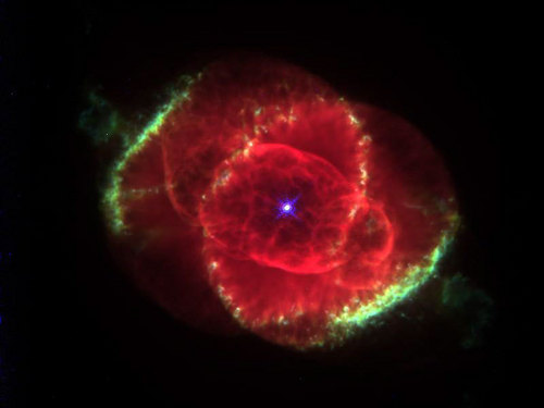 মার্জার Eye Nebula (Enhanced Colour)