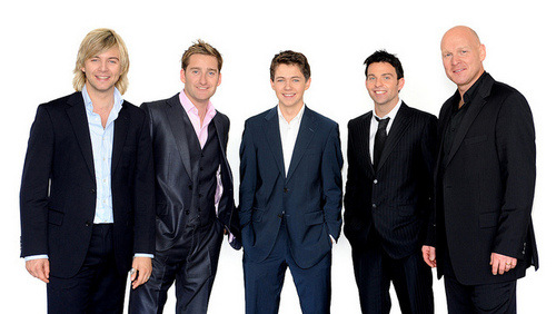 Celtic Thunder (official page)