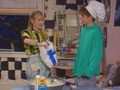 Clarissa Makes A Cake - clarissa-explains-it-all screencap