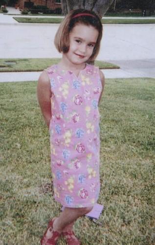 demi lovato fondo de pantalla titled Demi as a child!!