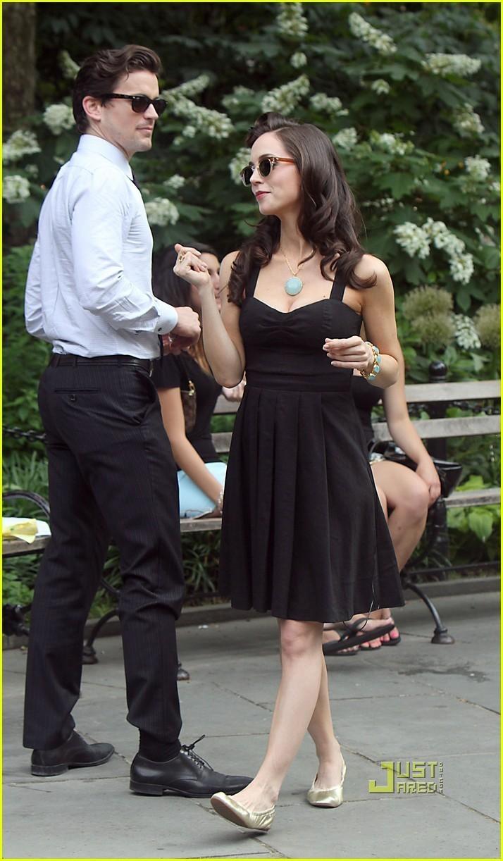Eliza Dushku: White collier Set with Matt Bomer!