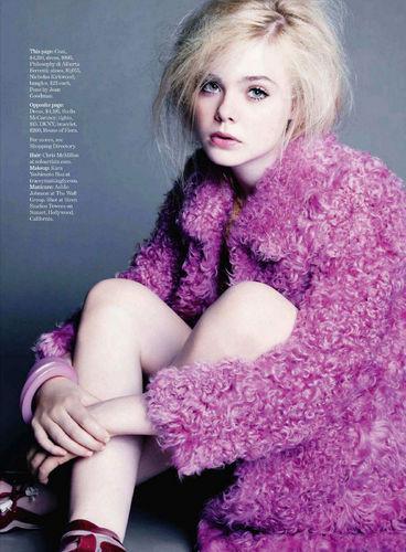 Elle Fanning wallpaper entitled Elle Fanning in Marie Claire Magazine