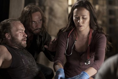 Falling Skies - Episode 1.01 - The Armory - Promotional ছবি