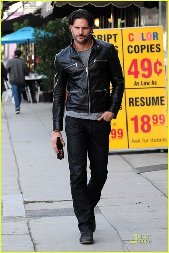 Joe Manganiello wallpaper containing a business suit, a well dressed person, and a street called February 17: Strolling through Los Angeles
