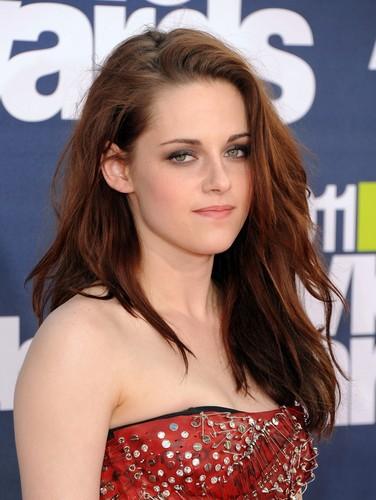 Kristen Stewart [New/Old Photos]