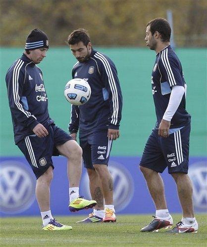 Lionel Messi Argentine National Team Training (June 13, 2011)