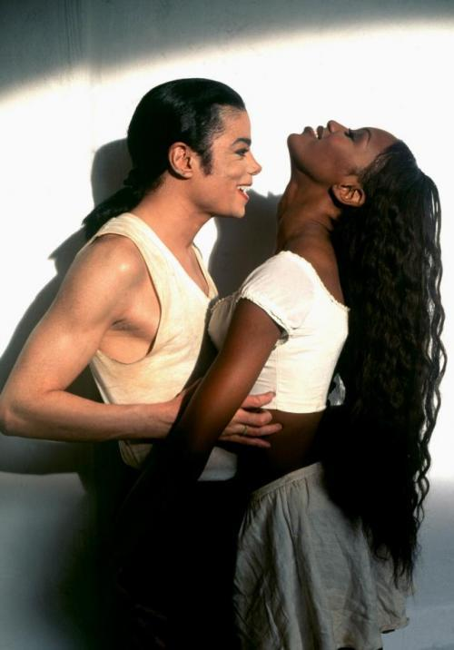 "MJ & Naomi Campbell [="" In The Closet"""
