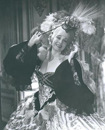 Norma Shearer Marie Antoinette 1938