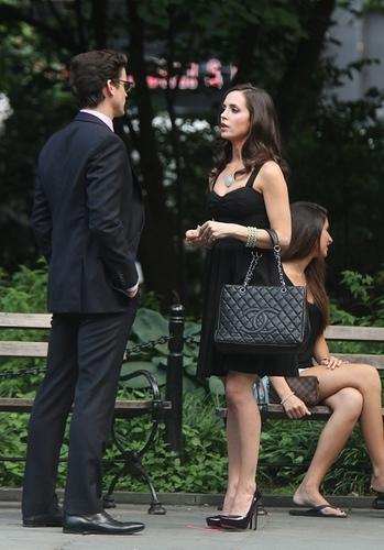On set : Matt Bomer and Eliza Dushku