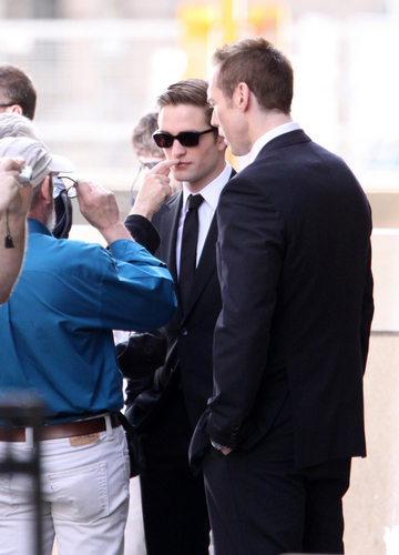 Robert in set cosmopolis