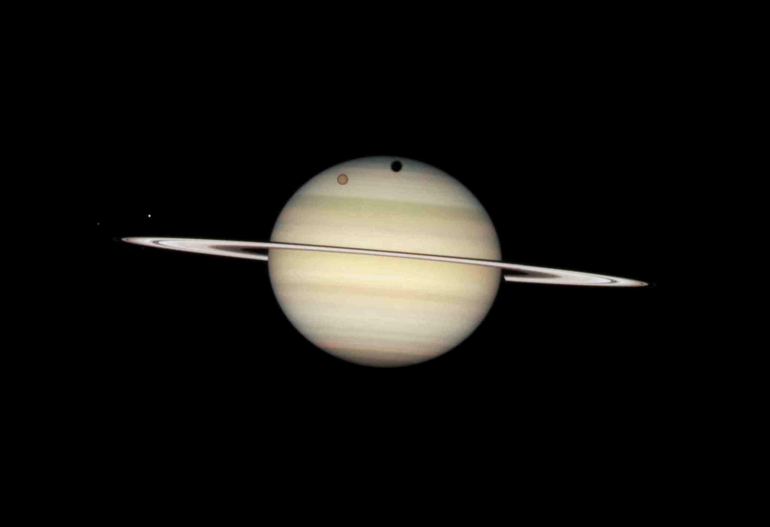 hubble images of saturn - photo #25