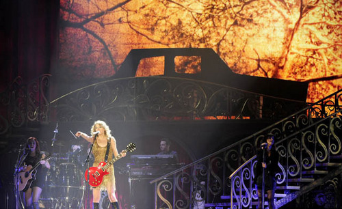 Speak Now World Tour : Detroit, Michigan [June 11]