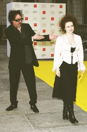 Helena Bonham Carter/Tim burton fond d'écran containing a business suit and a well dressed person titled Tim & Helena
