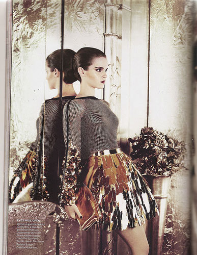 emma watson vogue shoot. dresses Emma Watson covers the July emma watson vogue shoot 2011.